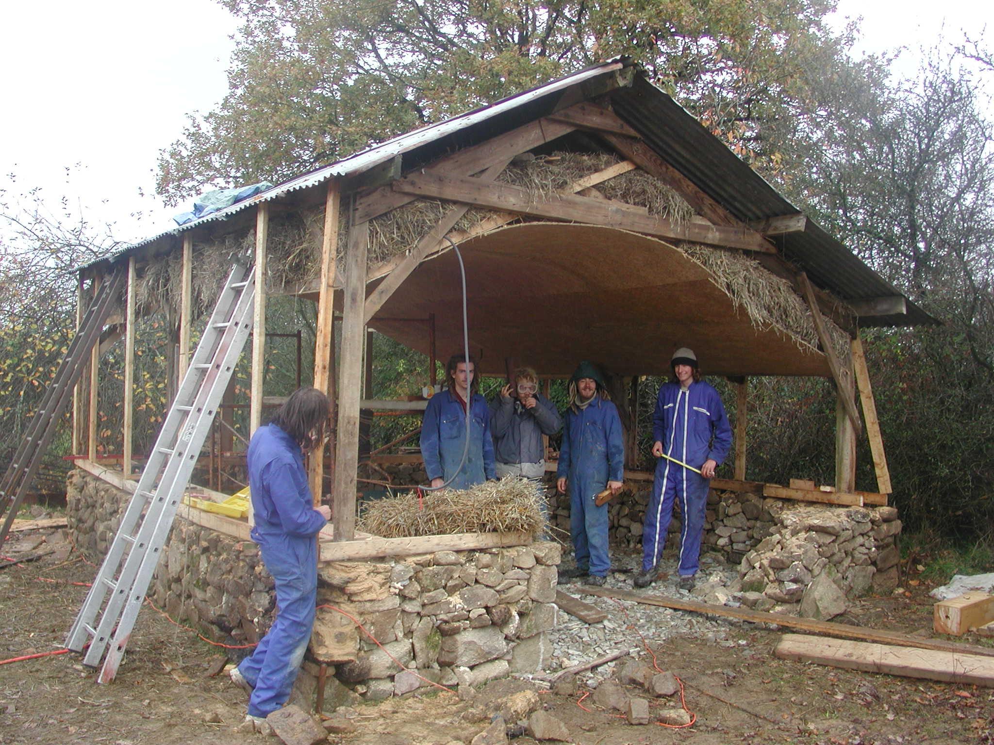 Terrien t 39 es pas rien auto construction d 39 une maisonnette for Prix construction maison en pierre